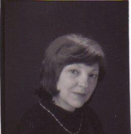 Клара Армандова